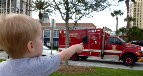 FLFirefighters com - ST Petersburg Fire Rescue station and apparatus